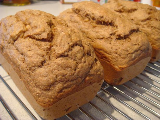 Low Fat Stevia Banana Bread. Photo by Chilicat