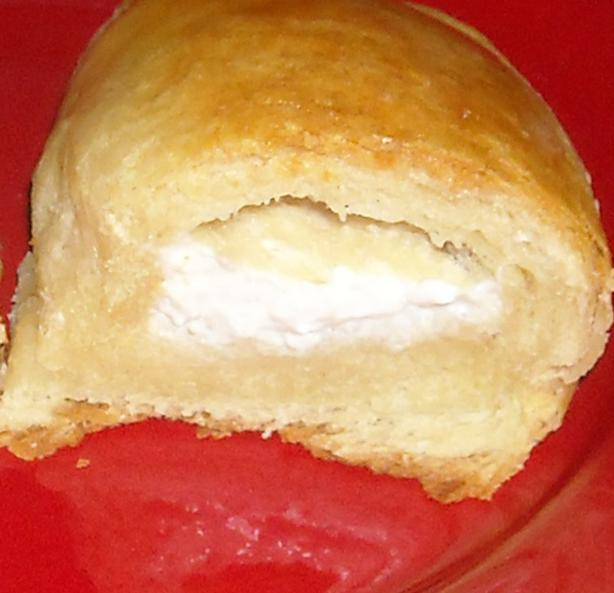 Cream Cheese Crescent Roll Ups. Photo by NorthwestGal
