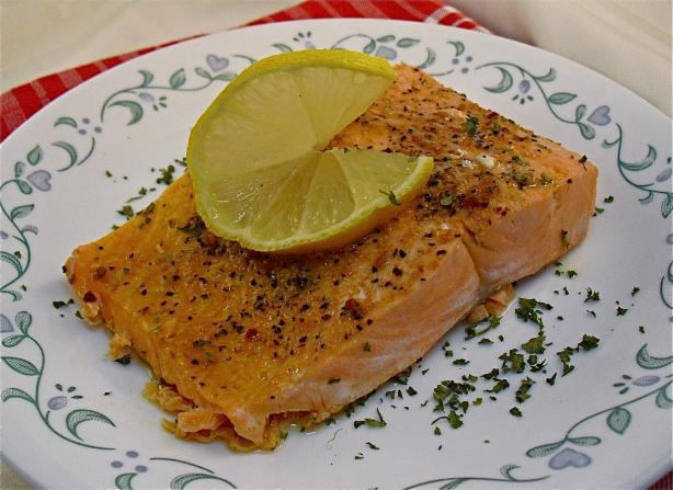 Microwave Salmon Fillets. Photo by PaulaG