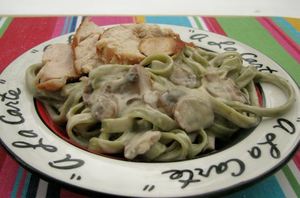 Mushroom Chicken Alfredo. Photo by lazyme