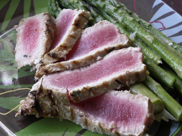 Limoncello Tuna and Asparagus. Photo by JanuaryBride