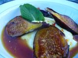 Saffron Scented Fresh Figs With Cinnamon and Honey