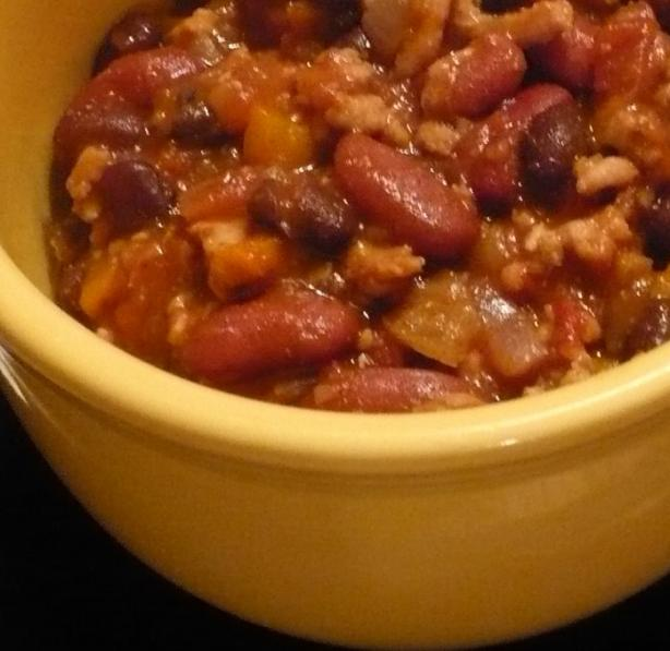 Super Simple Chili Spice Mix (With Chili Recipe Instructions). Photo by QueenBee49444