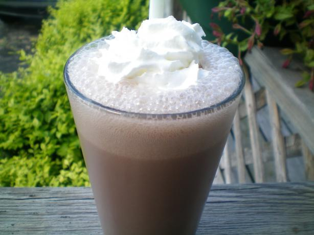 Arby's Jamocha Shake Copycat Recipe (Fat Free Version!). Photo by mc10t