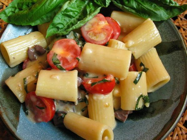 Pasta With Brie, Tomatoes, Olives, and Basil. Photo by flower7