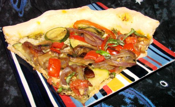 Four-Veggie Pizza(Flat Belly Diet Recipe). Photo by Boomette