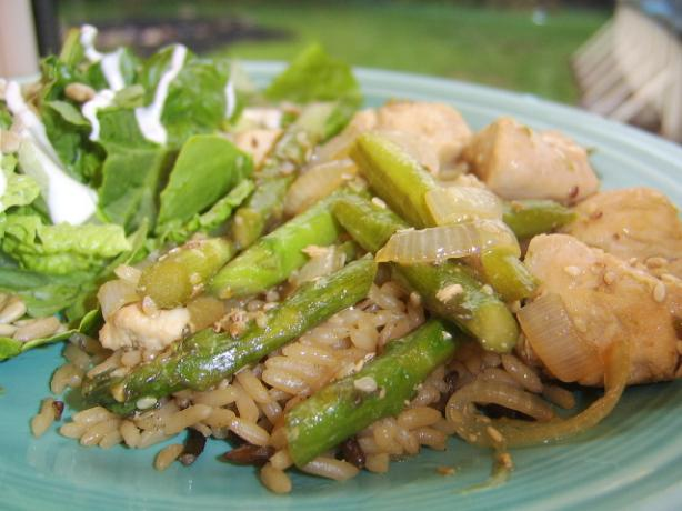 Sesame Chicken With Asparagus. Photo by LifeIsGood