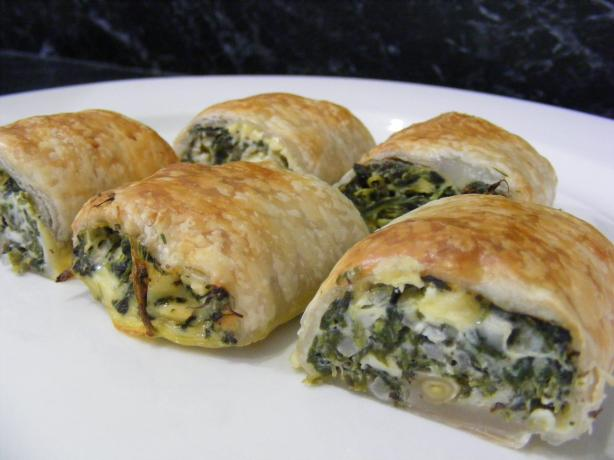 Feta and Spinach Rolls. Photo by Sara 76