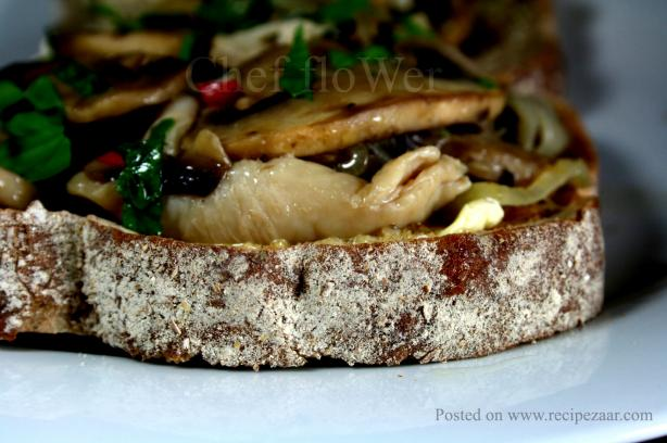 Mushrooms on Toast. Photo by Chef floWer