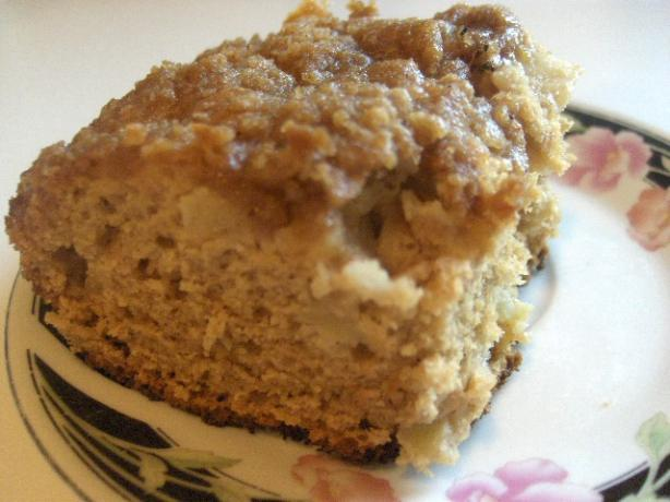 Apple Coffee Cake With Crumble Topping. Photo by daisygrl64