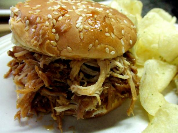 V's Easy Pulled Pork Sammy's (Crock-Pot). Photo by Vseward (Chef~V)