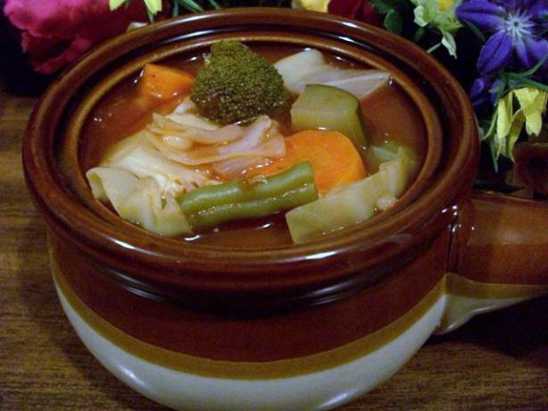 Hedda&#39;s Hearty Vegetable Soup - 0-1 Ww Points. Photo by 2Bleu