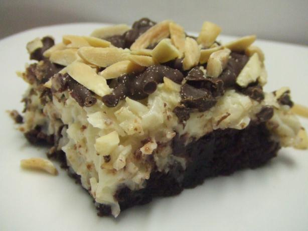 V's Almond Joy--Ee Brownies. Photo by Vseward (Chef~V)