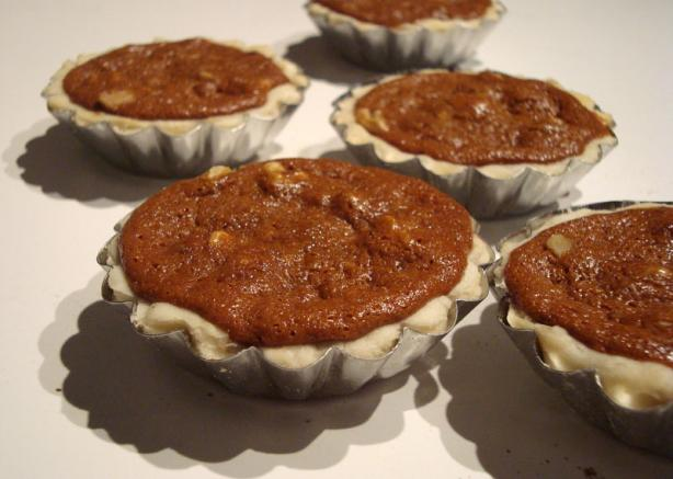 Mrs. Spugnardi's Pecan Tarts. Photo by lilsweetie