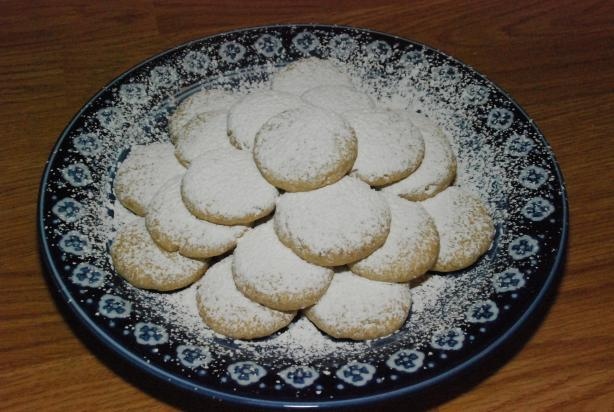 Greek Almond Shortbread Circles. Photo by MizEmerilLagasse