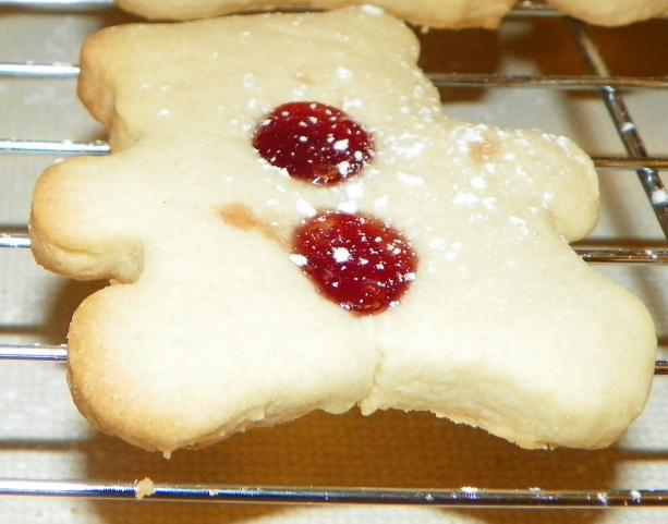 Ruby Jewel Christmas Cookies (Williams-Sonoma). Photo by Baby Kato