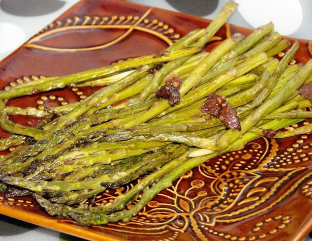 Roasted Balsamic Asparagus. Photo by Boomette
