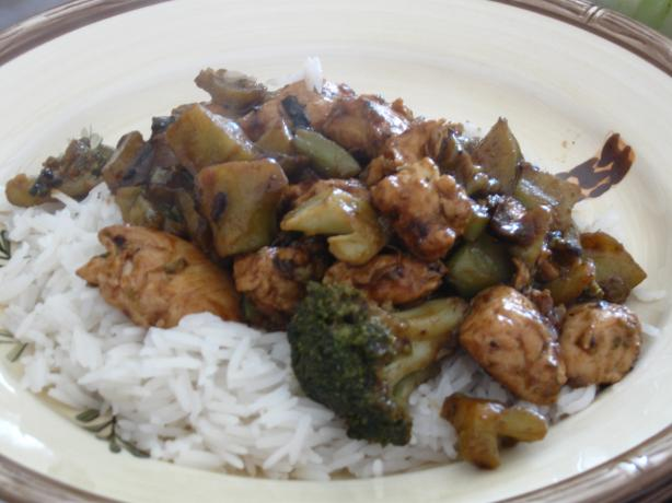 Chinese Restaurant Ginger Cashew Chicken. Photo by Snowpeas