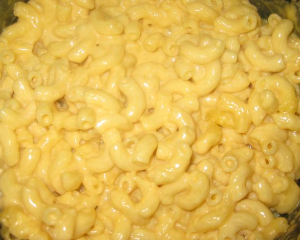 Creamy Crock Pot Macaroni and Cheese. Photo by KPD