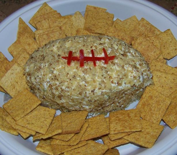 Super Bowl Cheese Football. Photo by Mimi in Maine