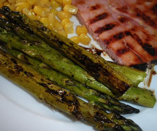 Roasted Asparagus With Balsamic Browned Butter - Healthy Low-Cal. Photo by Bergy