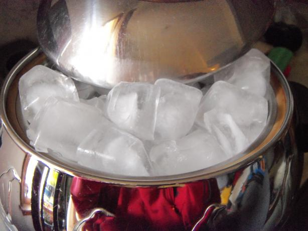 Ice Cubes. Photo by alligirl