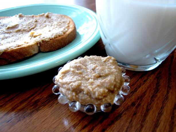 How to Make Your Own Sunflower Seed Butter. Photo by loof