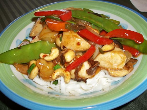 Chicken-Cashew Stir-Fry. Photo by rpgaymer