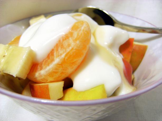 Frouta Ke Yaourti (Greek Fruit Salad). Photo by Lalaloula
