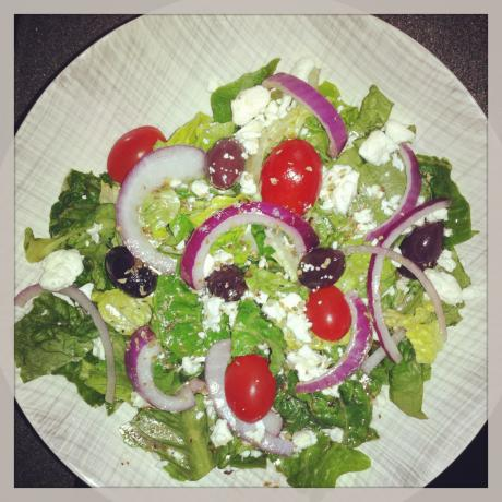 Low Fat Greek Salad Dressing(Ww). Photo by charblake26350