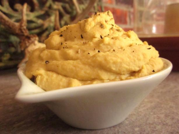 Nif&#39;s Hummus (With Tahini or Peanut Butter). Photo by gailanng