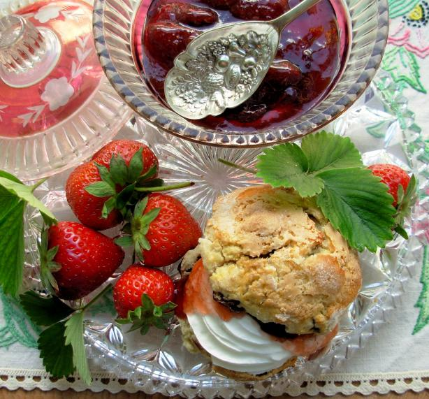 English Scones With Mixed Summer Berries and Strawberries Cream