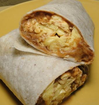 Huevos Wrapcheros. Photo by Debbwl