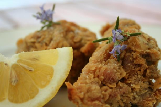 Rosemary-Scented, Extra-Crispy Fried Chicken. Photo by alfrescoacsi