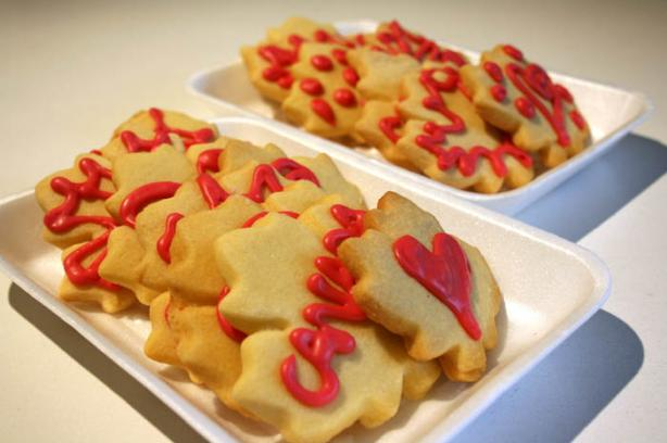 Paige's Sour Cream Cut out Cookies. Photo by lilsweetie