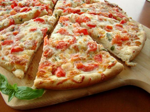 Shrimp or Lobster Gourmet Pizza. Photo by Marg (CaymanDesigns)