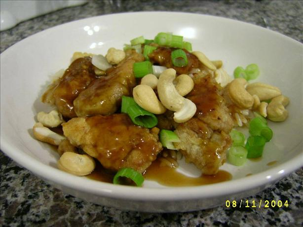 Cashew Chicken. Photo by Marie Nixon