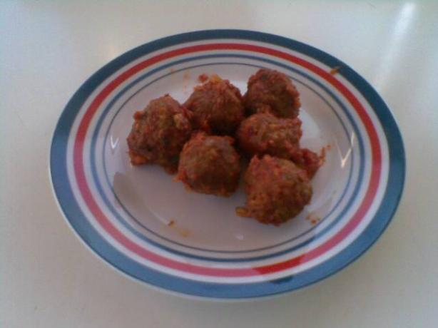 Meatballs With Rolled Oats. Photo by hard62