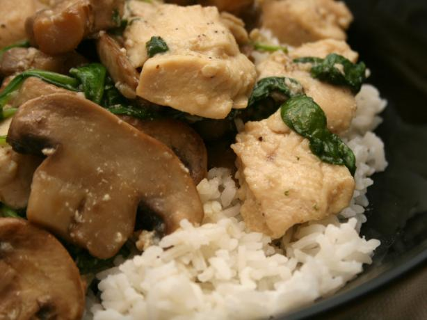 Chicken With Spinach & Mushroom. Photo by CandyTX