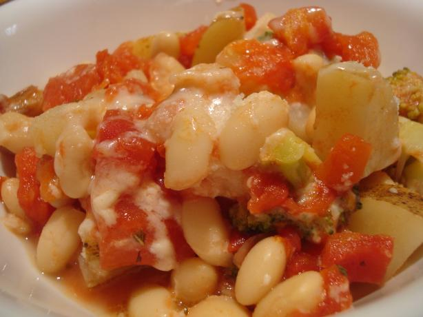 Baked Vegetables With White Beans. Photo by Starrynews