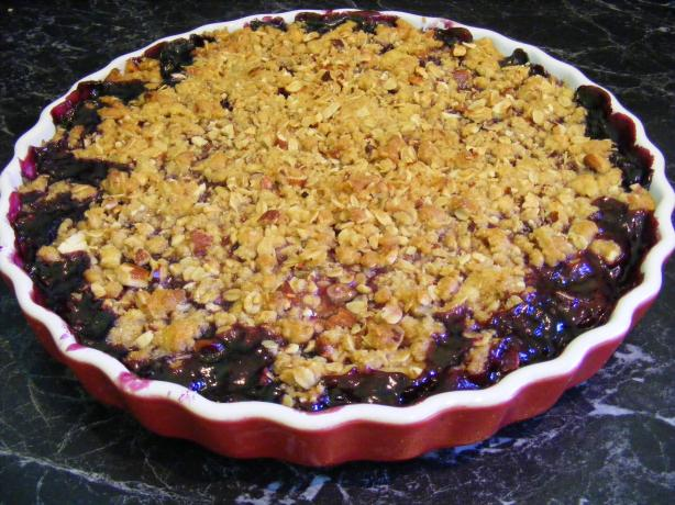 American Blueberry Crumble. Photo by Sara 76