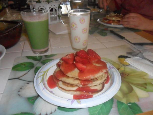 Strawberry Pancakes With Strawberry Syrup. Photo by lanemalori@yahoo.com