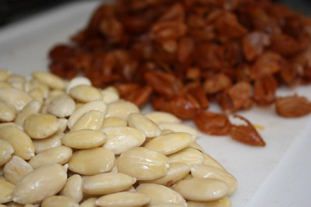 How to Blanch Almonds. Photo by IngridH