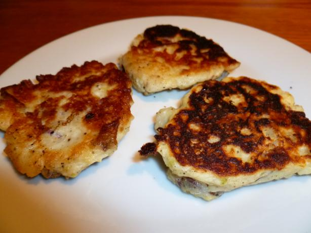 Kartoffelpuffer - Potato Pancakes. Photo by Ambervim