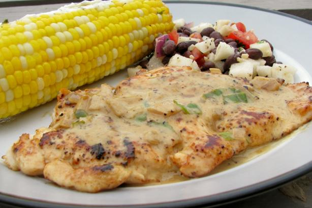 Chicken Breast With Basil Wine Sauce. Photo by lazyme