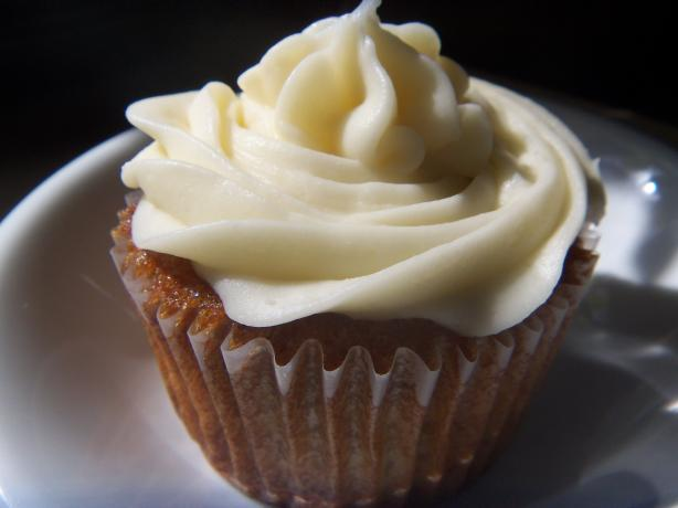Banana Walnut Cupcakes With Cream Cheese Frosting. Photo by alligirl