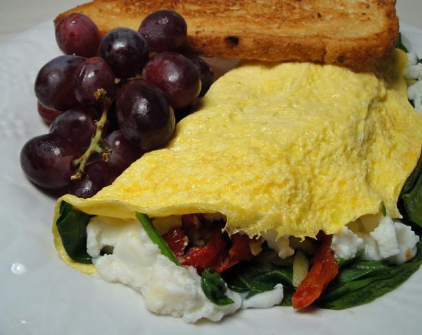 Spinach, Tomato and Ricotta Omelette. Photo by Debbwl