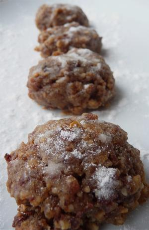Cinnamon-Walnut Cookies (Vegan). Photo by Cookgirl