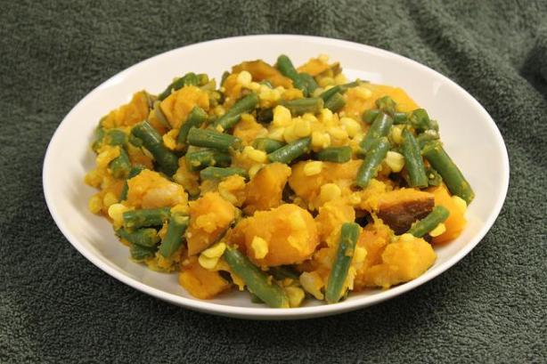 Porotos Quebrados (Green Bean and Pumpkin Stew). Photo by brokenburner