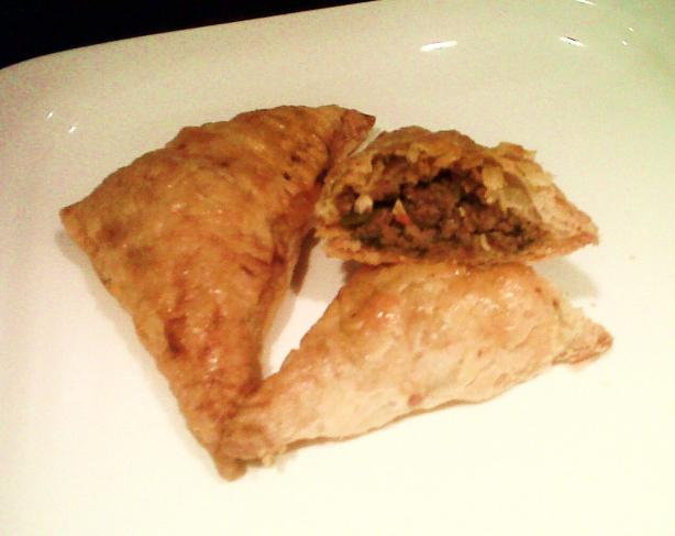 Spicy Beef Empanadas. Photo by hxnnxh